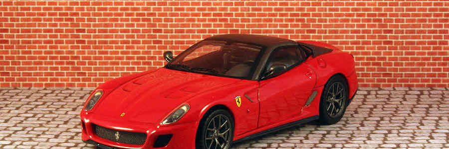 Hot Wheels Elite: Ferrari 599 GTO 1:43